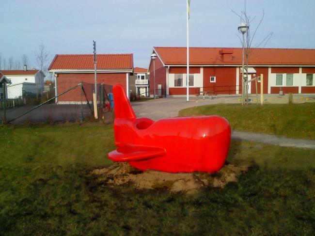 Lakerad Aluminiumplan - Förskola Örebro 1,8x1,2m 2012